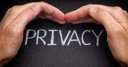 Privacy Policy in times of Pandemic- an analogy of contact tracing apps between India and the UK